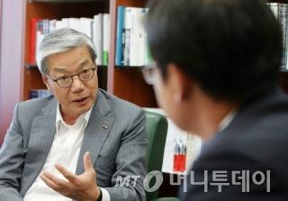 금융투자협회 황영기 회장 인터뷰