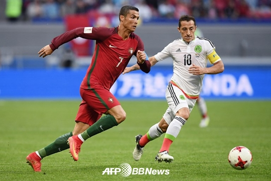 [컨페드컵] 포르투갈, '극적 동점골' 멕시코와 2-2 무승부