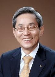 윤종규 KB금융그룹 회장 겸 KB국민은행장