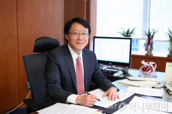 신성환 금융연구원장