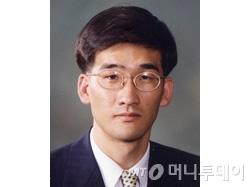 [단독]靑 중소기업비서관에 임원혁 KDI 교수 내정