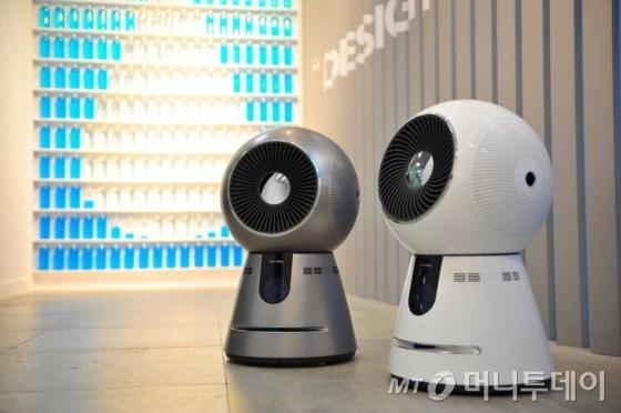 코웨이의 로봇공기청정기/사진제공=코웨이