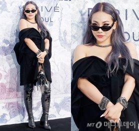씨엘, 아우터 하나만 걸쳐…섹시한 노출 패션 '완성'