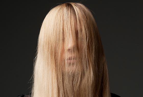 장마철 축 처지는 머리, 볼륨 살리는 비결은?