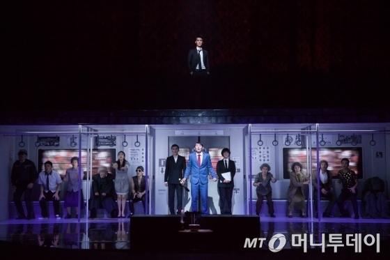 웹툰 원작 뮤지컬 '신과 함께-저승편' 2015년 공연 사진. /사진=서울예술단