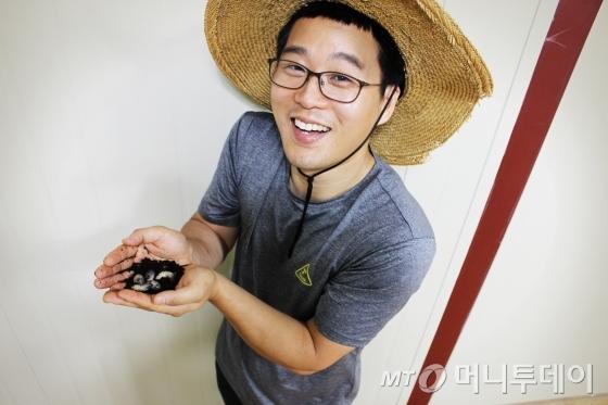 피플 청주왕굼벵이농장 김민우 농장주