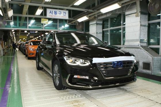 현대차 아산공장 '신형 그랜저IG' 생산라인 자료사진/사진=현대차