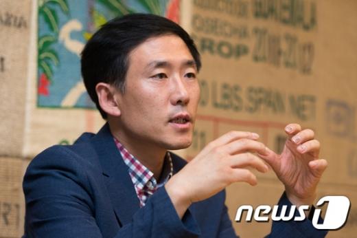 윤성진 한강몽땅 축제 총감독 인터뷰. 2017.7.14/뉴스1 © News1 유승관 기자