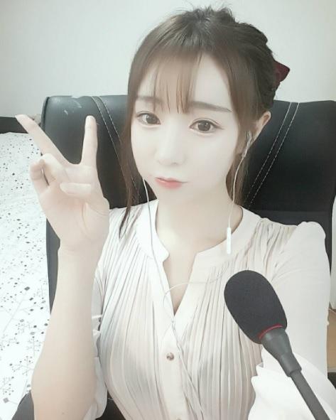 탈북녀이자 아프리카TV BJ 이소율씨/사진=이소율 인스타그램