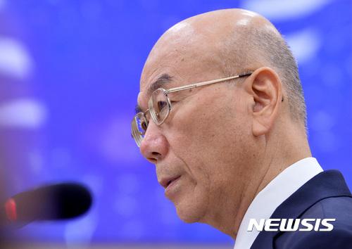 """이효성 """"지상파 중간광고 허용 적극 고려할 때"""""""