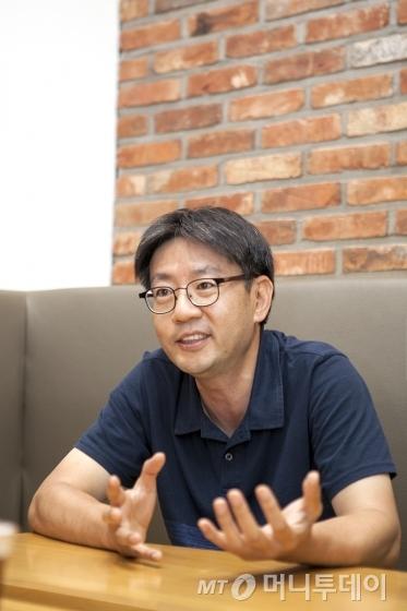 '괴짜 같나요?' 통신사서 방송장비 만든 '문과출신' 개발자