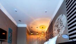 집 천장은 왜 한결같이 흰색일까?