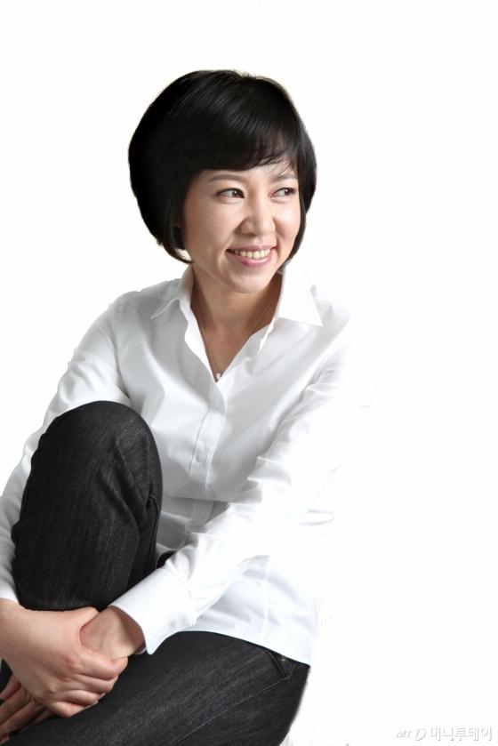 김별아 작가. /사진제공=해냄출판사<br />