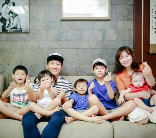 박지헌과 가족들./사진제공=박지헌 인스타그램