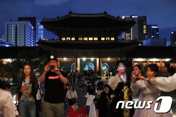 [사진]'경복궁의 밤'