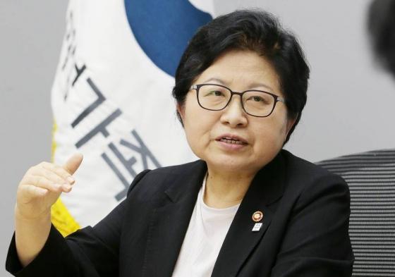 정현백 여성가족부 장관./사진=김창현 기자