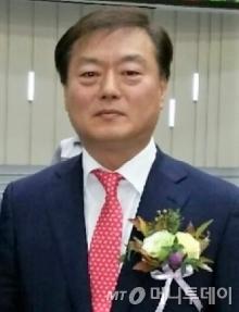 황선욱 노브메타파마 대표