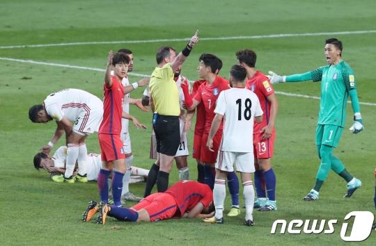 '유효슛 0' 한국, 왜 끝내 수적 우위 살리지 못했나?