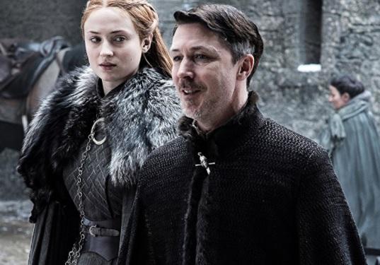 미국드라마 '왕좌의 게임' 속 베일리시 경(배우 에이단 길런). 왼쪽은 산사 스타크(배우 소피 터너)/http://www.imdb.com/