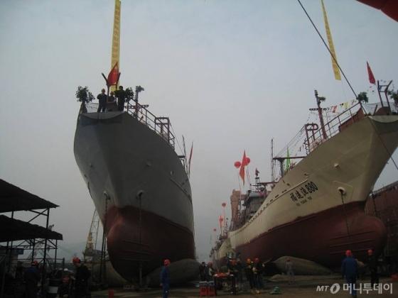 지난 2012년 11일 중국 복건성 복안시 금호조선소에서 열린 중국원양자원 신규 선박 진수식.