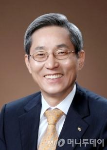 윤종규 KB금융그룹 회장 /사진제공=KB금융