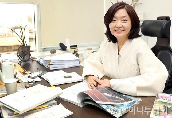 한경애 코오롱인더스트리 FnC부문 상무/사진=김휘선 기자