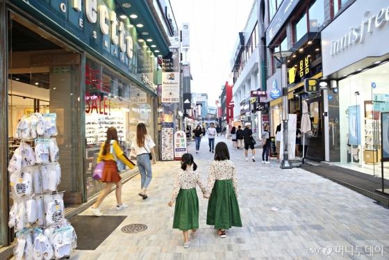 충북 충주 성서동 '젊음의 거리' 풍경. /사진=김수진<br />