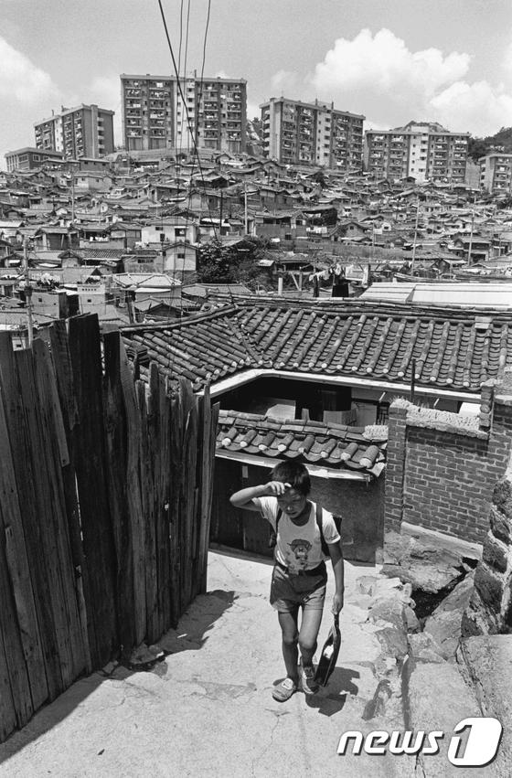 [사진]대한민국역사박물관, '1980년대의 표정' 사진전 개최