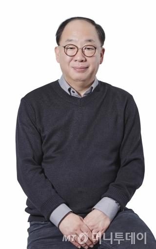 권오섭 엘앤피코스메틱 회장