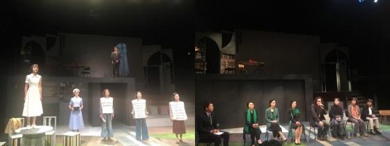 연극 '병동소녀는 집으로, 돌아가지 않는다' 무대 위 모습(왼쪽). 김재엽 연출가와 배우들, 연극의 모티브가 된 재독한인여성들이 기자간담회에서 질문에 답하는 모습(오른쪽)./사진=이경은 기자