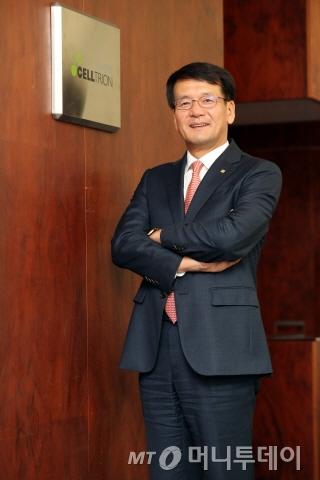 김형기 셀트리온 대표는 전략기획 및 재무통으로 테마섹 등의 해외 투자유치를 주도하는 등 능력을 검증받았다. /사진=임성균