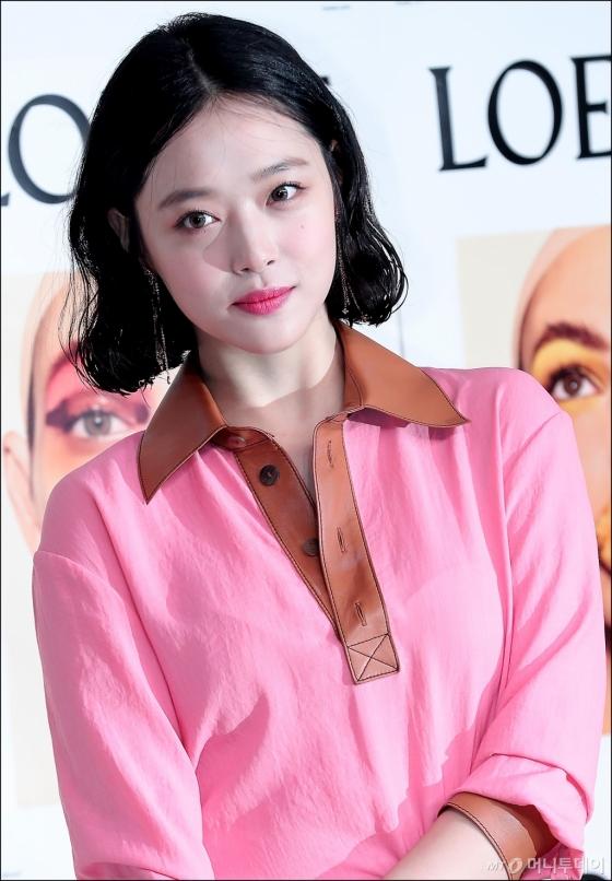 [★화보]'핑크 러블리' 설리, 예쁜 한 가득!