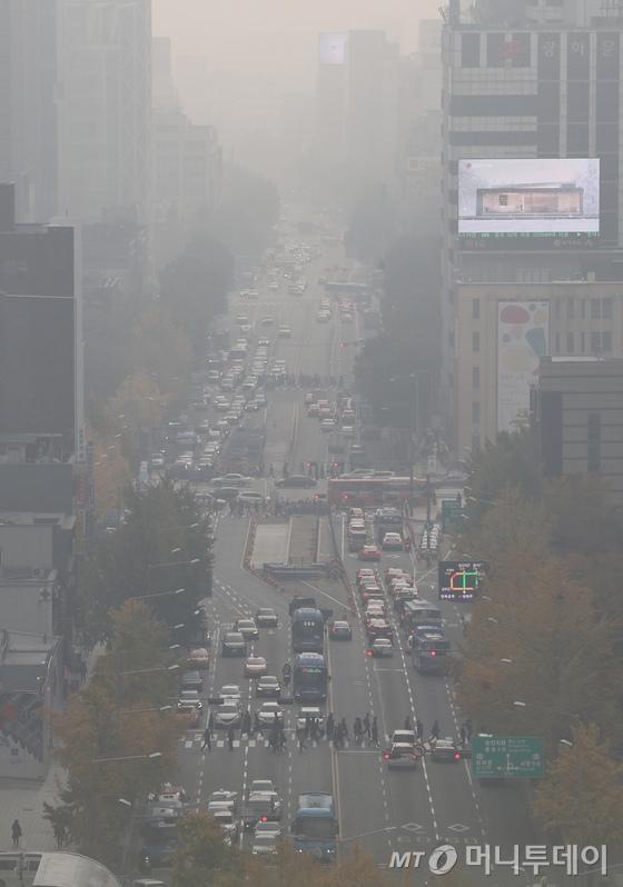 중국발 미세먼지로 치솟은 미세먼지/사진=뉴스1