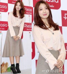 """박신혜, 단아함 뽐낸 '팬사인회' 패션은?…""""물오른 미모"""""""