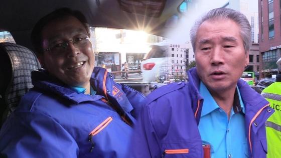수험생들을 위해 봉사하는 택시 운전사들. 왼쪽부터 김회덕 영등포 모범운전자회 초소장(59), 배영일 영등포 모범운전자회 회장(66)/사진=이상봉 기자