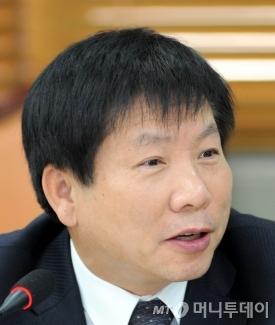 이동응 한국경영자총협회 전무