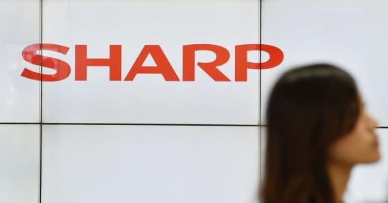 지난해 대만 폭스콘에 인수된 일본 전자업체 샤프 로고. /AFPBBNews=뉴스1