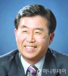 """'변호사에 세무사 자격부여' 폐지…세무사들 """"56년 숙원 이뤄져"""""""