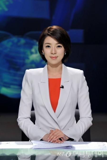 배현진앵커가 8일부터 MBC 뉴스데스크에서 하차했다.