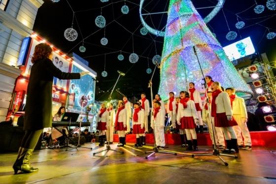부산 광복로 1.2km 일대에서는 '부산 크리스마스 트리 문화축제'가 지난 2일부터 다음달 7일까지 진행된다. /사진제공=한국관광공사