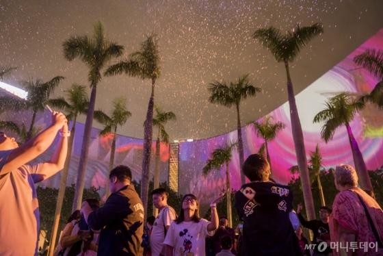 12월 한달간 펼쳐지는 '3D 펄스 라이트쇼'. /사진제공=홍콩관광청<br />