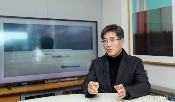 장 원장은 서울대 미대 졸업 후 한국 IBM에 입사했다. 당시 회사에서는 유일한 미대 출신으로, 웹이나 멀티미디어 등 다양한 매체를 접할 기회였다. /사진=김휘선 기자