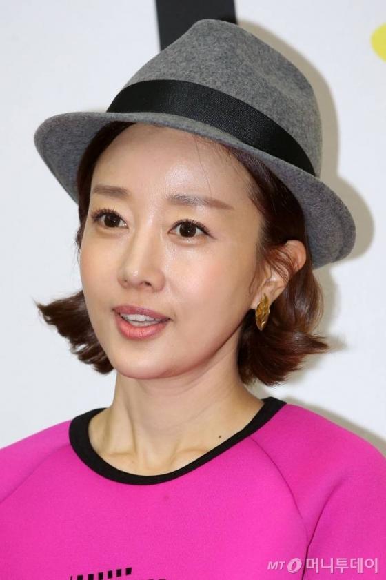 배우 윤손하 /사진=이기범 기자