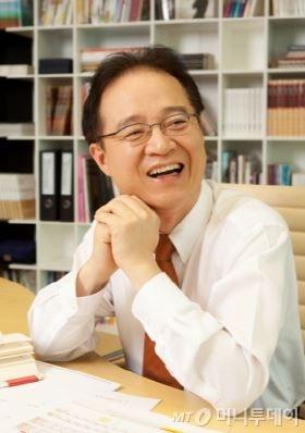 권성문 KTB투자증권 회장. /사진제공=KTB투자증권