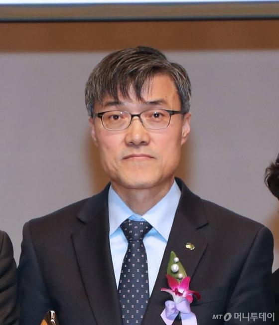 '2017 자랑스런 한수원인 대상' 수상한 김익래 한수원 건설처 부장
