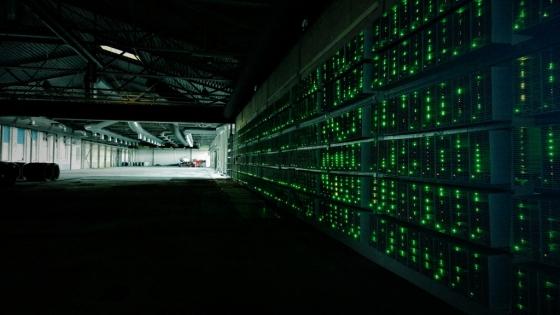 비트코인 채굴 사업장에 설치된 컴퓨터. /사진=마르코 아티사리(Marko Ahtisaari) 플리커