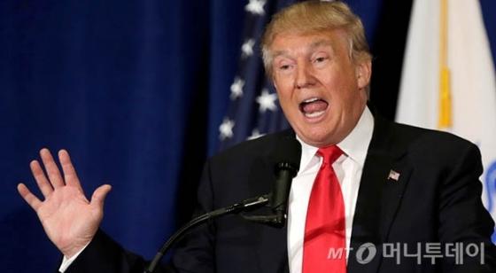 """'거지소굴' 발언 트럼프, """"내가 사용한 언어 아니었다"""" 부인"""