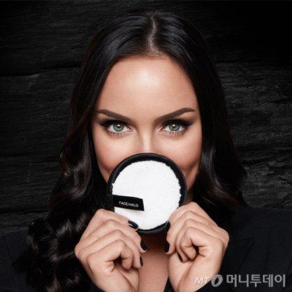 """""""물로만 화장 지운다고?""""…올리브영, '페이스 헤일로' 판매"""