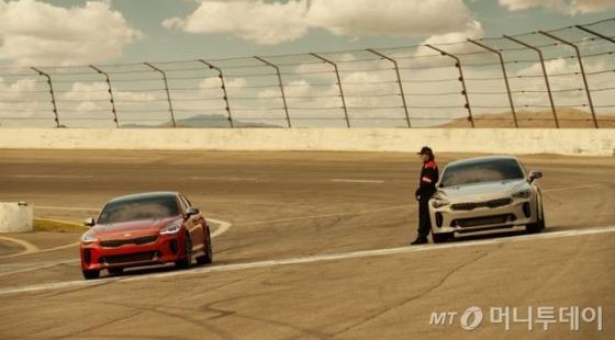 기아자동차 미국판매법인(KMA)이 25일(현지시간) 유튜브에 공개한 미국 '2018 슈퍼볼' 광고의 티저 영상 캡쳐 장면/사진제공=KMA