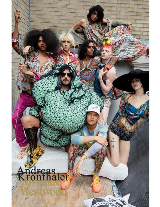 디자이너 안드레아스 크론탈러(가운데 선글라스를 착용한 이)와 모델들 /사진제공=비비안 웨스트우드